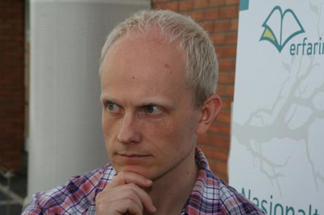 UTFORDRER: Stipendiat Ole Jacob Madsen ved Senter for vitenskapsteori ved Universitetet i Bergen, utfordrer psykologstanden. (FOTO: THOMAS ØVERBØ)