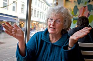 Berit Bryn-Jensen, leder i WSO og deltaker i paneldebatten på Litteraturhuset i Oslo.