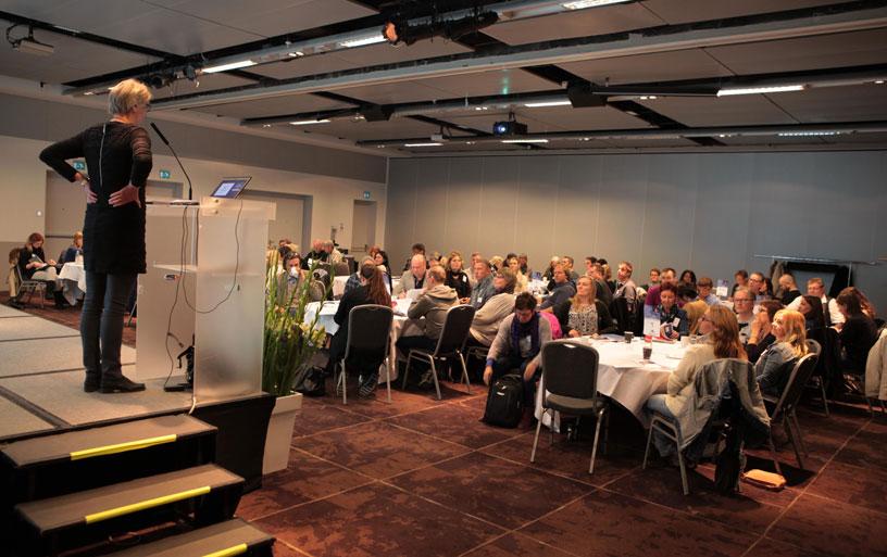 GODE DISKUSJONER: Stort engasjement blant deltakerne på erfaringskonsulentsamlingen i regi av Erfaringskompetanse. (Fotos: Dag Øivind Antonsen/ACT teamet Tiller, Trondheim kommune/KbT)