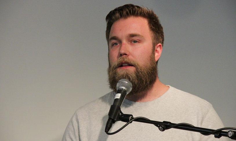 KOM MED INNSPILL: Marius Sjømæling fra BAR deltok på Erfaringskompetanses innspillsmøte. (Foto: Thomas Øverbø)