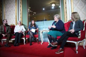 PRISUTDELING: Statsminister Erna Solberg til stede under prisutdelingen i Nationaltheatret. (Foto: Grethe Ettung)