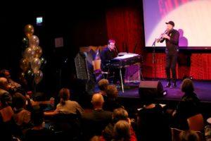 STEMNING: Vakker musikk fra Mathias Eick(f.h.) og Erlend Slettevoll var en fin stemningsskaper på Litteraturhuset i Oslo 27. oktober.
